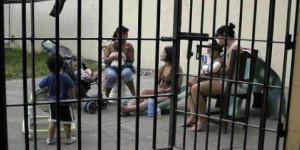 prigione-mamme-e-bimbi